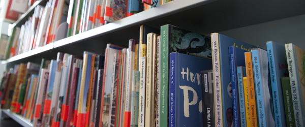 Biblioteket etablerer afhentningssteder i fire byer