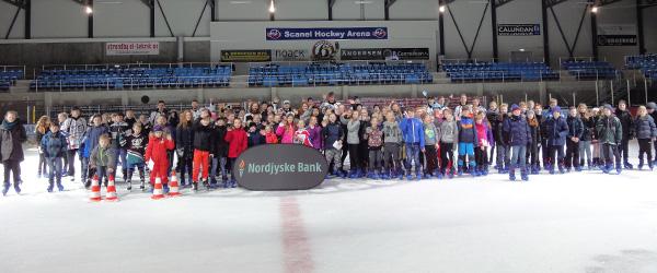 Nordjyske Bank inviterede til skøjtearrangement