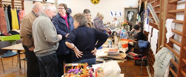 Stort rykind til loppemarked på Rørholt gamle skole