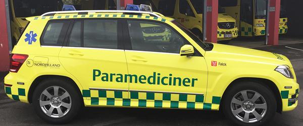 Corona: Paramedicinere vurderer borgere i eget hjem