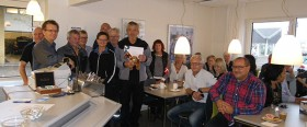 Stolt Doko med alle sine kollegaer (2) copy