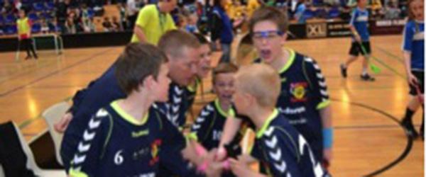 Sæby Floorball Klub flot klædt på…