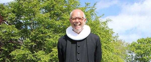 Sognepræst Helge Morre Pedersen takker af efter 38 år