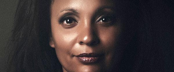 Sydafrikansk jazznavn sætter julen i swing i Sæby