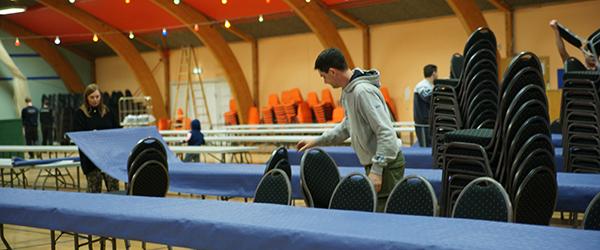 Der dækkes bord til 400 festglade i Syvsten