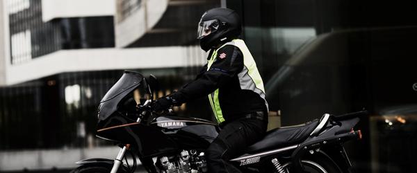Flere alvorlige motorcykelulykker…