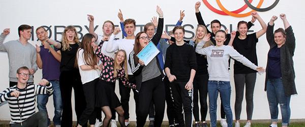 Hørby-elever donerede 22.550 kr til Kræftens Bekæmpelse