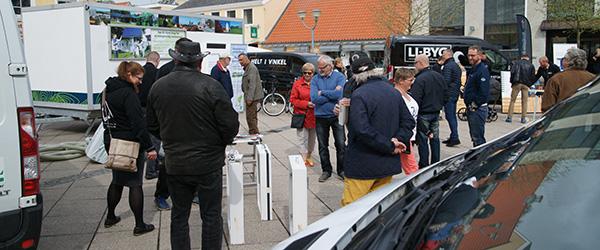 Lokale håndværkere invaderede Tovet i Sæby