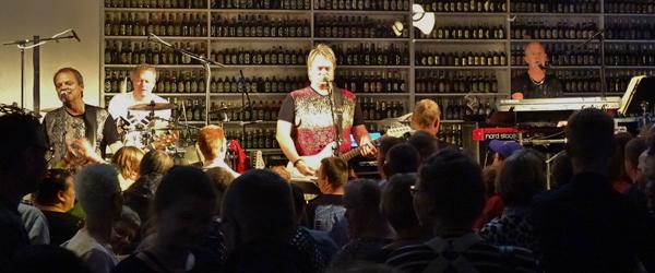 Kandis varmede op til koncert<br> på Sæby Torv fredag