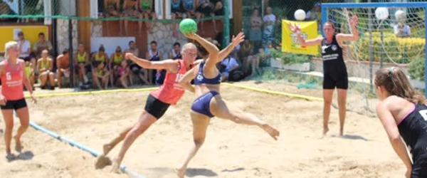 Beachhandball holdet<br> Drømmen Lever på banen