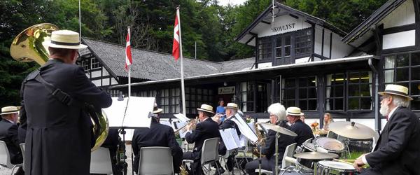 Åbent Hus, god musik<br> og indsamling til Skovlyst