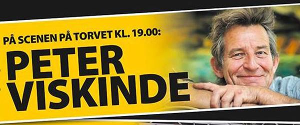 Peter Viskinde med band<br> på Sæby Torv fredag