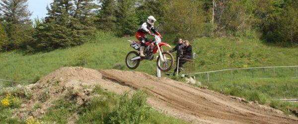 Motocross-DM for klubhold<br> køres på Ørnedalsbanen
