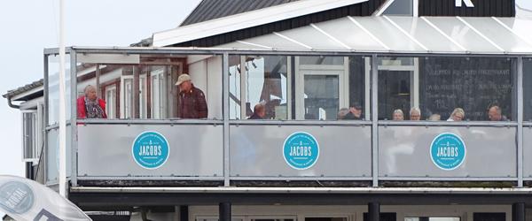 Sensommeren stråler på<br> Jacobs Fiskerestaurant