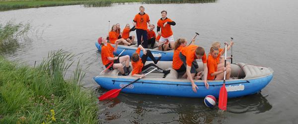 Stidsholt Idrætsefterskole på teambuilding i Rønbjerg