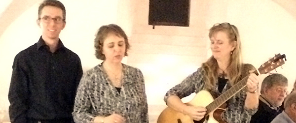 Forrygende sang i kælderen på slottet