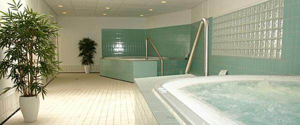 Pool By Night i Sæby for<br> de unge i efterårsferien