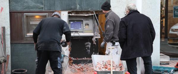 Sæby Mureren bryder ind i Nordjyske Bank
