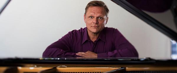 Nytårskoncert på Hotel<br> Viking med Sigurd Barrett