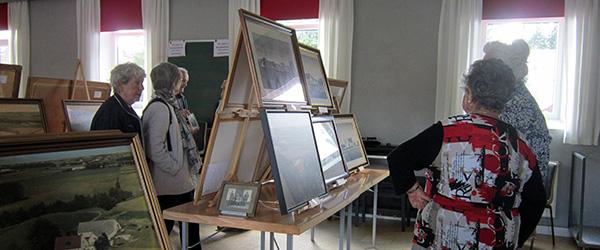 Velbesøgt gårdbillede udstilling i Musikhuset