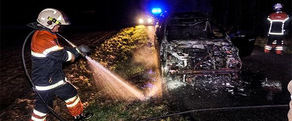 Brand i personbil på Grønhedevej i Sæby