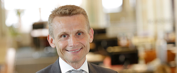 Nordjyske Bank inviterer 8.000 aktionærer til generalforsamling