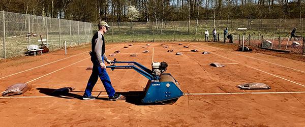 Det er igen tennis-tid i Sæby Tennis Klub