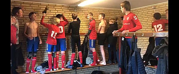 Skjolds U15 drenge på 1. pladsen i Liga 3