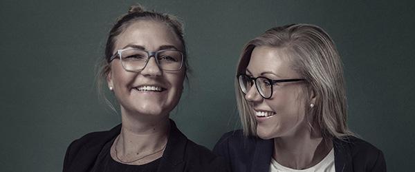 Søstre og modeskabere fejrer fødselsdag med lagersalg