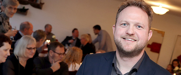 Fuldt hus til reception hos EDC Lars Jensen