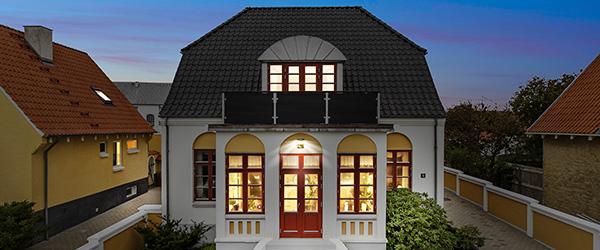 Pragtfuld villa med uovertruffen beliggenhed på Sæby Havn