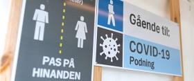 Skilt ved coronatest © Region Nordjylland, Line Bloch Klostergaard - kan frit bruges ved kreditering kopier
