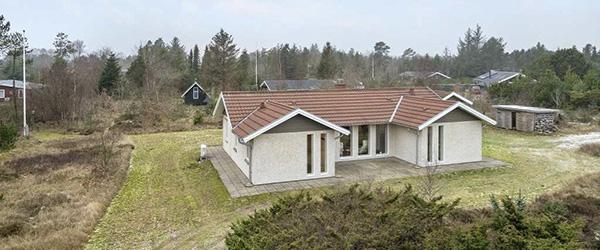 Nybolig Sæby: Stort sommerhus i Nørklit ved Lyngså