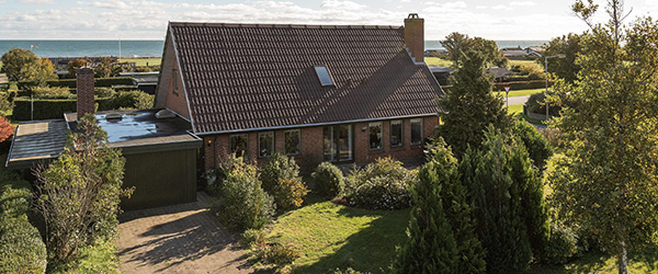 Velindrettet villa med panoramaudsigt over Kattegat