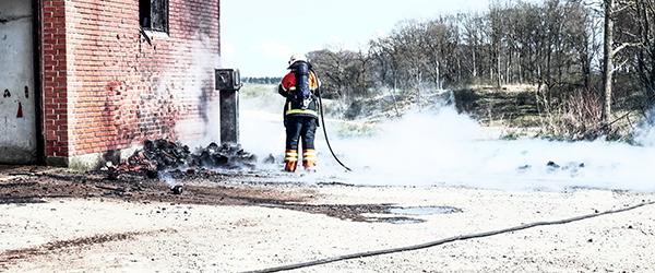 Kortslutning skyld i brand på landejendom