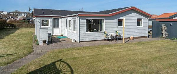 Nybolig Sæby: Velholdt, hyggeligt sommerhus nær Kattegat