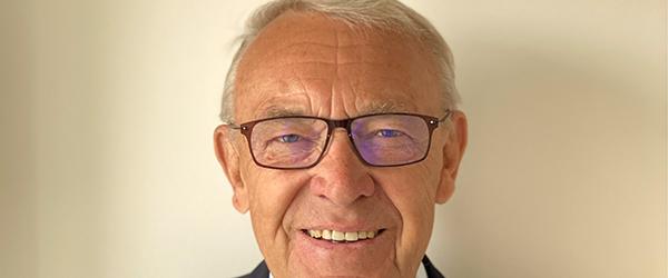 Advokat Hans Jørgen Kaptain fylder 75 år