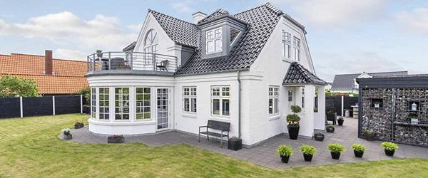 Nybolig, Sæby: Fantastisk villa med havudsigt