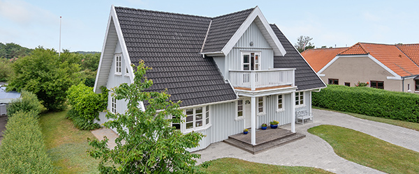 Originalt Trelleborg træhus med fornuftigt boligareal og indretning